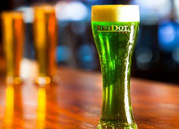 Double Tap : Brews and Battles of the Red Dot